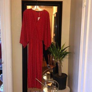 Holiday Zara 70s style red dress